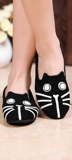 Kitty cat flats Aww. My mom would have liked those ...