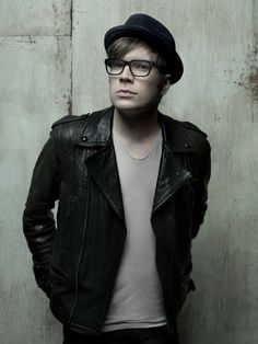 Patrick Stump - fall out boy - best singer ever!