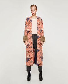 Image 1 of PRINTED KIMONO WITH FAUX FUR from Zara