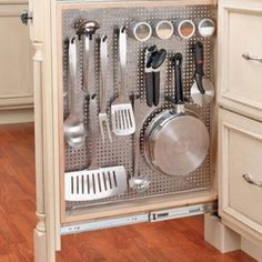 I love this Idea for the kitchen.