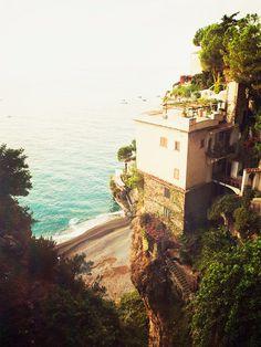 Italien ist nicht nur bei uns, sondern auch bei den Promis ein beliebtes Urlaubsziel: Reese Witherspoon urlaubte beispielweise mit der Family in Rom, Beyoncé in der Toskana.