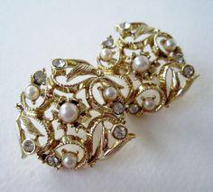 Vintage 50s Mid Century Hollywood Regency Goldtone Faux Pearl Rhinestone Earrings by ThePaisleyUnicorn, $8.00