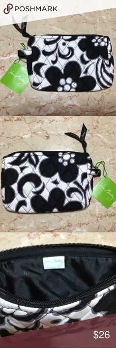 NWT Vera Bradley Night & Day Small Cosmetic Bag NWT Vera Bradley Night & Day Small Cosmetic Bag. Black and white. Pics of both sides. Black inside lining. 🎀 Please comment with questions. Thanks for looking! Vera Bradley Bags