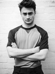 r Daniel Radcliffe Daniel Radcliffe Harry Potter, Harry James Potter, Harry Potter Actors, Harry Potter World, Hugh Jackman, Harry Potter Pictures, Harry Potter Wallpaper, Hogwarts, Celebrity Crush