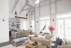 Gathering Place: A Family Shoreside Haven – Texas Monthly Port Aransas Beach, Texas Monthly, Beach Cottage Style, Coastal Style, Illumination Art, Dream Beach Houses, Level Homes, Beach Cottages, Lighting Design