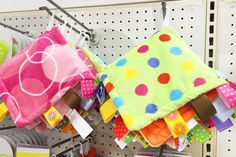 What Is a Tag Blanket? (with Pictures) | eHow