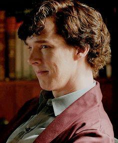 "How is the owner of this smile a ""Sociopath"" and ""Damaged""? Benedict Sherlock, Sherlock John, Bbc Sherlock Holmes, Sherlock Season, Sherlock Holmes Benedict Cumberbatch, Sherlock Poster, John Watson, Johnlock, Martin Freeman"