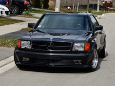 Mercedes-Benz 560 SEC 6.0 AMG Is A Box-Flared Bad@ss From The 80s