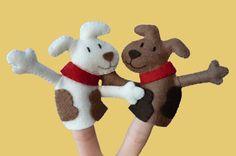 crafts with felt | Felt Dog Finger Puppets