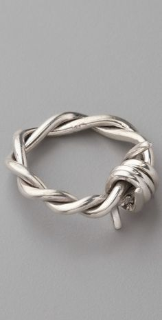 Barb Wire Ring♥ EEH.. wanntttt