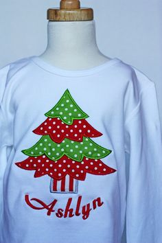Items similar to Personalized applique Christmas tree t-shirt by Sew Jewell on Etsy - Christmas T Shirt - Ideas of Christmas T Shirt - Love this applique Christmas tree child t-shirt. Christmas Applique, Christmas Sewing, Christmas Embroidery, Christmas Shirts, Christmas Projects, Christmas Sweaters, Christmas Tree, Etsy Christmas, Xmas