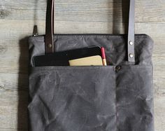 Waxed canvas bag waxed cotton bag computer by Creazionidiangelina