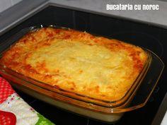 Budinca in straturi cu cartofi, varza si pui - Bucataria cu noroc Lasagna, Noroc, Macaroni And Cheese, Ethnic Recipes, Pie, Mac And Cheese, Lasagne