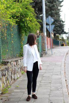 fashion blogger; white striped blazer