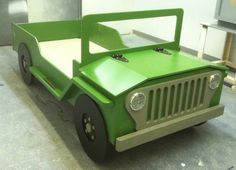 Woodworking plan for a Off-Road Safari Bed