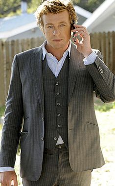 Mentalist star Simon Baker: The charm is no act - CBS News 43