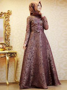 modest evening dress #hijabstyle #hijabfashion #womensfashion #style #elegant #modestfashion #streetfashion