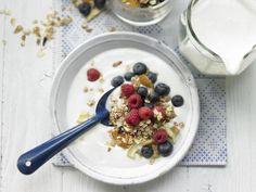 Für ein gesundes Frühstück hat EAT SMARTER Rezept-Ideen für Sie, die lecker und natürlich gesund sind! Klicken Sie sich durch die gesunden Frühstücks-Rezepte!