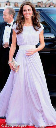 She is sooo beautiful! Love the dress!