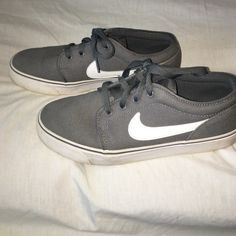 Lightly worn Nike shoes. Lightly worn Nike shoes. Are actually Mens 8.5 but women size 10 can wear them! Nike Shoes
