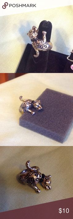 New Leopard Ring Sz 6 New Animal/Leopard Ring Sz 6 Nice Quality  Wraps around finger. Gold & Black Jewelry Rings