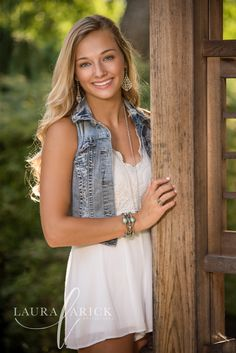 Senior Photo Gallery - Laura Arick Photography