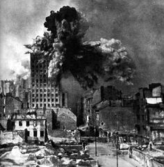 Warsaw Uprising, 1944 - The Prudential building was Warsaw's tallest skyscraper and was hit by approximately 1000 artillery shells during the uprising. On August camera man Sylwester Braun captured the moment of impact of a mortar artillery shell Old Pictures, Old Photos, Warsaw Ghetto Uprising, Kunst Inspo, War Photography, Documentary Photography, History Photos, Military History, World War Two