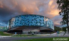 Project: Orona Zero, Hernani | Spain Architects: Barrutieta + Goikoetxea + delaFuente + Perez | Spain Year of Construction: 2014 Product: ALUCOBOND® naturAL reflect Photos: Agustin Sagasti