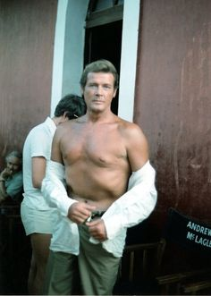 Roger Moore Roger Moore, Cinema Movies, Jamaica Honeymoon, Jamaica Wedding,  Spy Who 24a4a60614