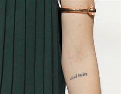 bracelet (véronique branquinho)