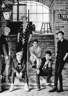 EXOdicted is a fansite that give you the latest news about the K-Pop group EXO. Here you will find pictures, songs, translations, subbed videos. Kpop Exo, Kaisoo, Park Chanyeol, Baekhyun, Exo Group Photo, Submarine Video, Exo 2014, Mens Fashion Magazine, Cute Asian Guys