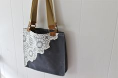 MomoTrees - Waxed canvas tote bag for women - Dark grey