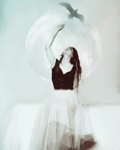 A good bye. Selfportrait #photography #art #white #picsart #digital #selfportrait #vintage #emotions #bird #hope