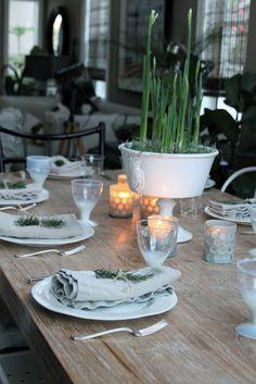 Greige: Winter Table
