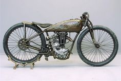 Harley-Davidson Pea Shooter: the lightweight racing 'Pea Shooters' had an elegant style that has worn well over the years. These very rapid singles came into being after the AMA launched a '21 cubic inch' racing class in 1925.