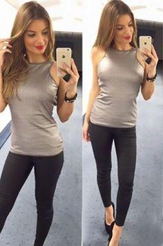Štýlový top v striebornej farbe, vhodný na každodenné nosenie95% polyester, 5% elastán