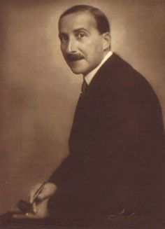 The author Stefan Zweig - Wes Andersons movie Hotel Budapest was inspired by him. Hermann Hesse, Sigmund Freud, History Of Literature, Wes Anderson Movies, Stefan Zweig, Writers And Poets, One Decade, German Language, Film Director