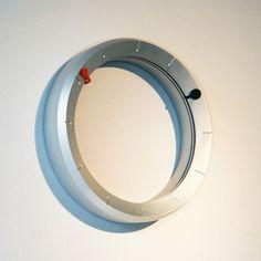 clOck clOck is a strikingly minimal project from UK based designer ShihWen Wang.