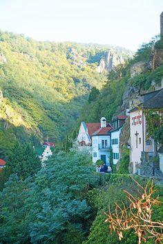 Why you should add a cruise through the Wachau Valley in Austria to your bucket list!! #travel #bucketlist #wanderlust #austria #vienna