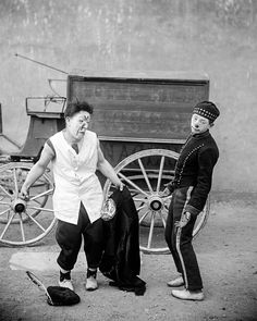 Just outside the circus tent: An acrobatic photo series from 1910