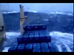 RAW FOOTAGE SHIPS IN STORM COMPILATION HD - Terrifying TOP 10 Monster Wa...