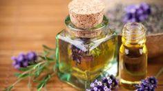 Lavande, menthe fraiche, huile d'olive... Des composants sains pour une huile de massage rafraichissante et bienfaisante ! Catherine Fructus, dans sa chronique, vous livre une recette d'huile de massage idéale pour favoriser la circulation du sang en été comme en hiver pour un maximum de bien-être.