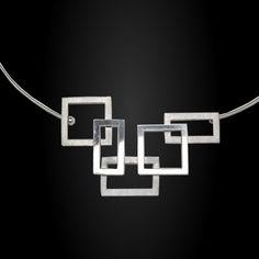 Gargantilla geometrica apaisada 5 modulos
