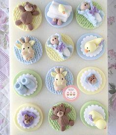 Trendy Ideas For Cupcakes Baby Shower Bebe Fondant Toppers Baby Shower Cupcake Toppers, Fondant Cupcake Toppers, Fondant Baby, Baby Shower Cookies, Cupcake Cookies, Fondant Rose, Fondant Flowers, Shower Bebe, Girl Shower