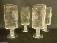 Iittala Oiva Toikka  Vintage Flora 4 * Wineglass Clear Made in Finland