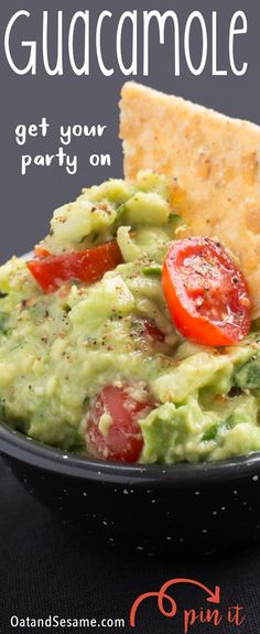 The BEST Guacamole! This is our go to for healthy snacking - my favorite is on top of a sea salt rice cake or for breakfast on top of an english muffin with an egg. But it's also a delicious appetizer for dipping your favorite chips! | Recipe at OatandSesame.com