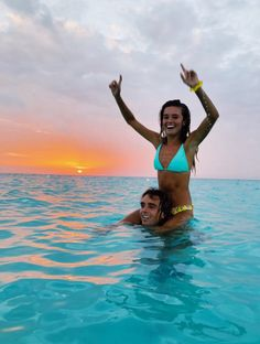 See more of fatmoodz's VSCO. Cute Couple Pictures, Summer Pictures, Beach Pictures, Couple Pics, Cute Relationship Goals, Cute Relationships, Cute Couples Goals, Couple Goals, Diy Foto