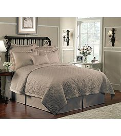 J Queen New York Amalfi Bedding Collection Herberger S