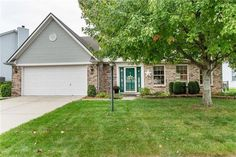 8351 Sawgrass Dr, Indianapolis, IN 46234