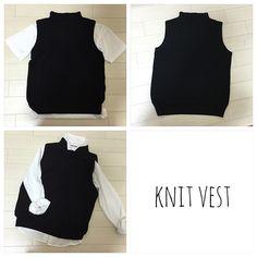 着回し抜群!しまむらのボトルネックニットベスト - mamagirl | ママガール Knit Vest, Knitting, Tricot, Breien, Sweater Vests, Stricken, Weaving, Knits, Crocheting